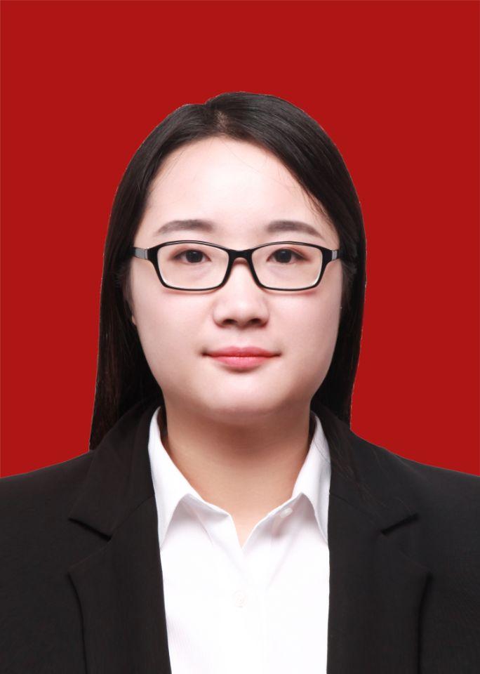 此图像的alt属性为空;文件名为刘晨曦;2015.9-至今,郑州大学机械工程学院学士.jpg