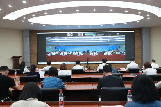 单斌教授受邀参加第一届发动机尾气排放炭烟颗粒催化消除国际学术研讨会并做邀请报告